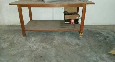 Meja besar 4x8 ft