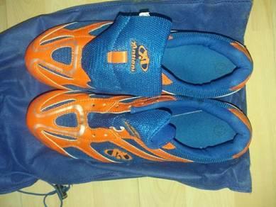 Antioni shoes untuk dijual