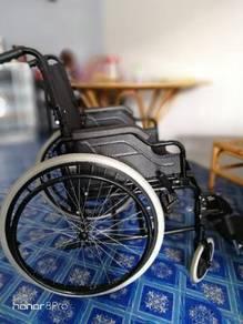 Kerusi Roda(Wheel Chair)