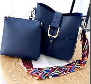 Ready stock - Fashionable Sling Bag