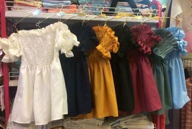 cloths (n)