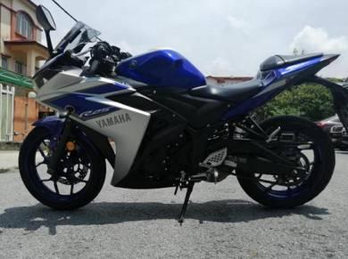 R25-Yamaha