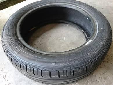 Tyre 185/55R16