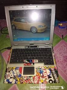 Laptop DELL D400