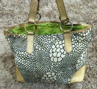 Authentic Lesportsac Limited Edition Shoulder Bag
