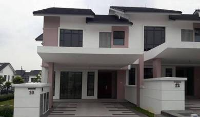 New 2 storey corner lot terrace house presint 11