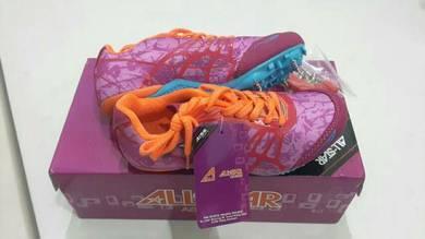 Kids spike athletic shoe