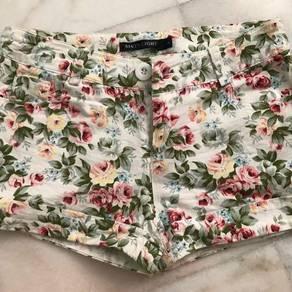 Flower printing shorts