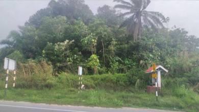 Superb 1acre Main Road land zoning Commercial In Dengkil. Good Buy!!