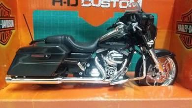 HD Custom 2015 Street Glide