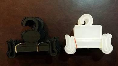 Hanger selipar (white/black)-20pcs