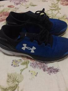 Sport shoes for sale