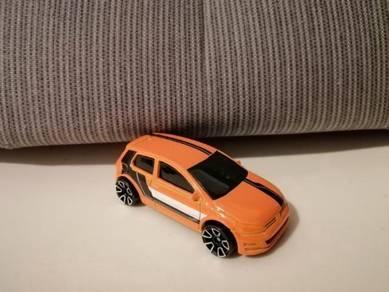 Volkswagen VW Golf MK7 Orange Hot Wheels HotWheels