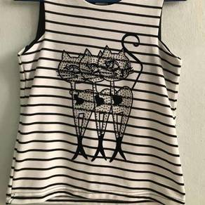 Sleeveless top (kitten)
