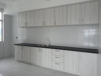 Partial furnished 3R2B Apartment Saujana Permai Prima Saujana Kajang