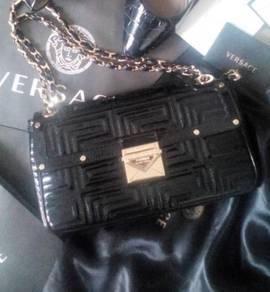 VERSACE Sling handbag GOLD calfskin leather kulit