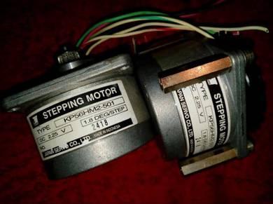 KP56HM2-501 STEPPING Motor