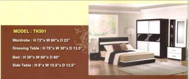Future bed room set-8501
