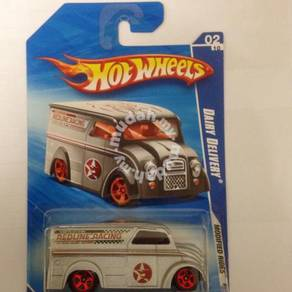 Hotwheels Dairy Delivery Grey