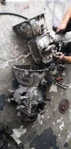 Isuzu nhr manual gearbox