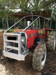 Traktor MF 375