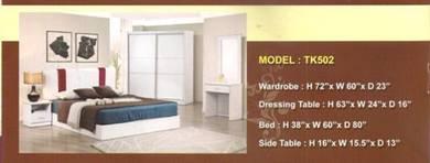 Future bed room set-8502