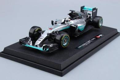 Mercedes F1 W07 Hybrid 2016 Formula One Race 1:18