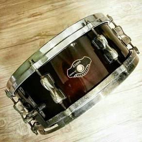 Tama Superstar Birch snare