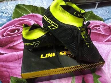 Line 7 Vapor Black/A. GN