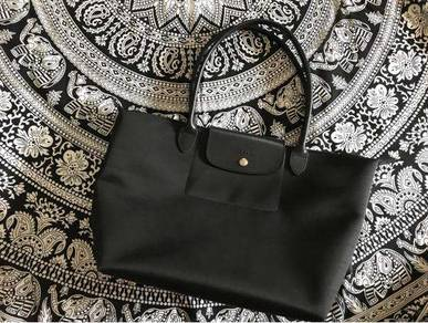 Authentic Longchamp bag (Pre-owned)