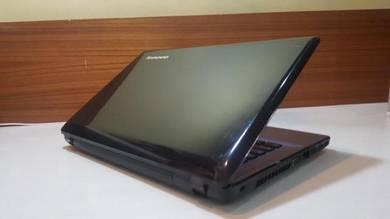 Lenovo Z470 ,i5 2.90Ghz,4GB,Nvidia Gt520M