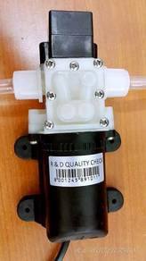 Mini water pump powerful black