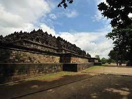 Yogjakarta Muslim Tour 4D3N ( Kalibiru Tour )
