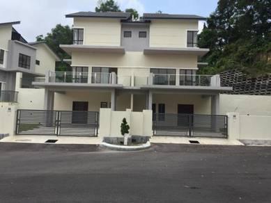 NEW Brand 2.5-sty (27x85, 4B4T), Taman Mika 2, Jalan Templer, Seremban