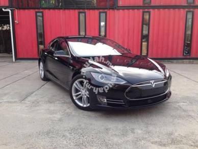 Recon Tesla Model S 70D for sale
