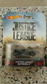 HotWheels Justice League Batmobile Retro Entertain