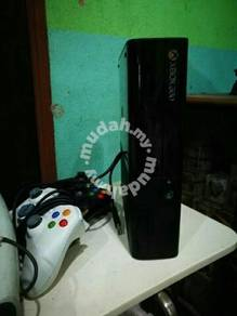 Xbox 360 modded last model beserta aksesori