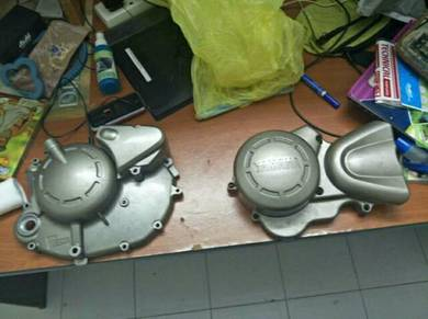 125Zr Engine Cover