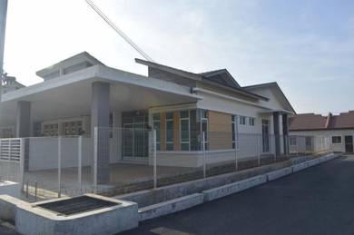 A New Single Storey End Lot House ready with CFO at Taman Pandan Damai