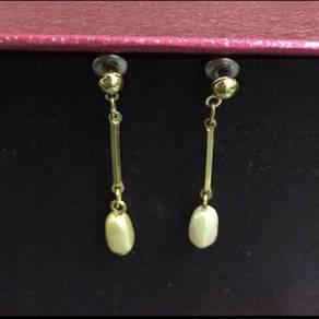 Snowdrop Earrings in gold tone