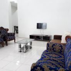4 bilik aircond Zuhal Homestay