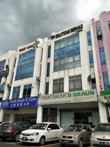Bandar Puteri 4 Storey Shoplot , Facing Main Road, Near LRT, Puchong