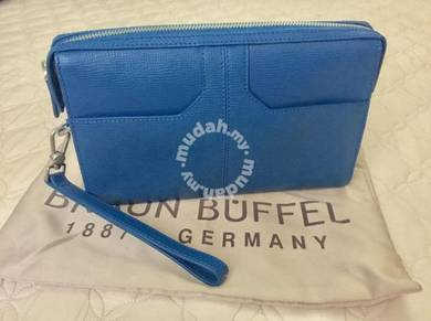 Braun Buffel Organizer Bag