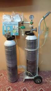 Portable/Medical Oxygen complete with :