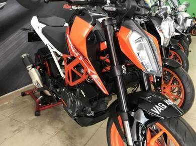 KTM Duke 250 ABS 2017 (Demo Bike) VAQ4661