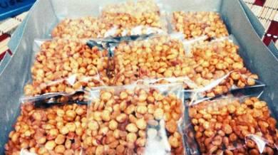 Jajan Kacang Dal Pedas Manis