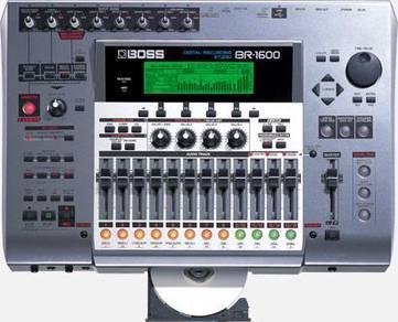 Roland BOSS BR-1600CD 16-track recorder,