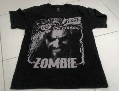Zombie in person roundneck nat 9779