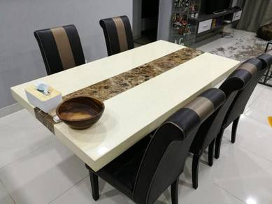 Meja Makan Set Marble Casarano
