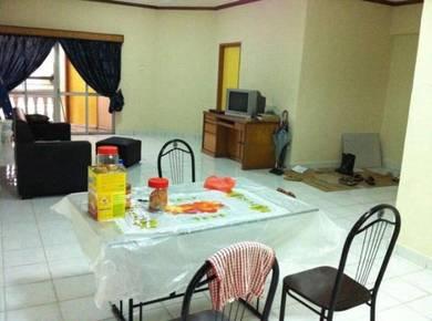 Dwi Mahkota Penthouse , Persiaran Tanjung